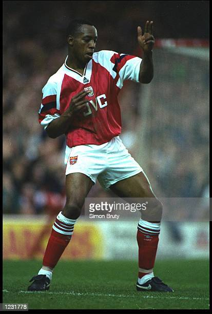 IAN WRIGHT OF ARSENAL CELEBRATES AFTER SCORING A GOAL DURING THE PREMIER LEAGUE MATCH AGAINST COVENTRY PLAYED AT HIGHBURY ARSENAL WON THE MATCH 30