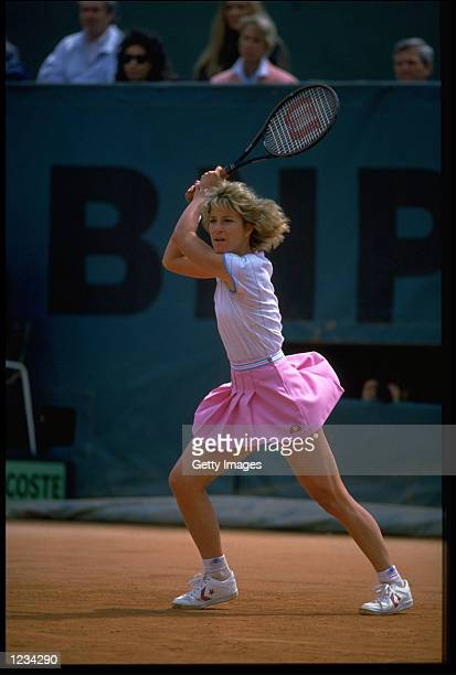 CHRIS EVERT OF THE UNITED STATES IN ACTION DURING THE FRENCH OPEN WOMENS SINGLES.