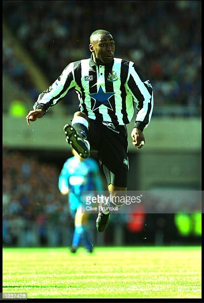 ANDY COLE OF NEWCASTLE UNITED LEAPS UP TO CONTROL THE BALL DURING THE NEWCASTLE V SOUTHAMPTON PREMIER LEAGUE MATCH PLAYED AT ST JAMES PARK. NEWCASTLE...