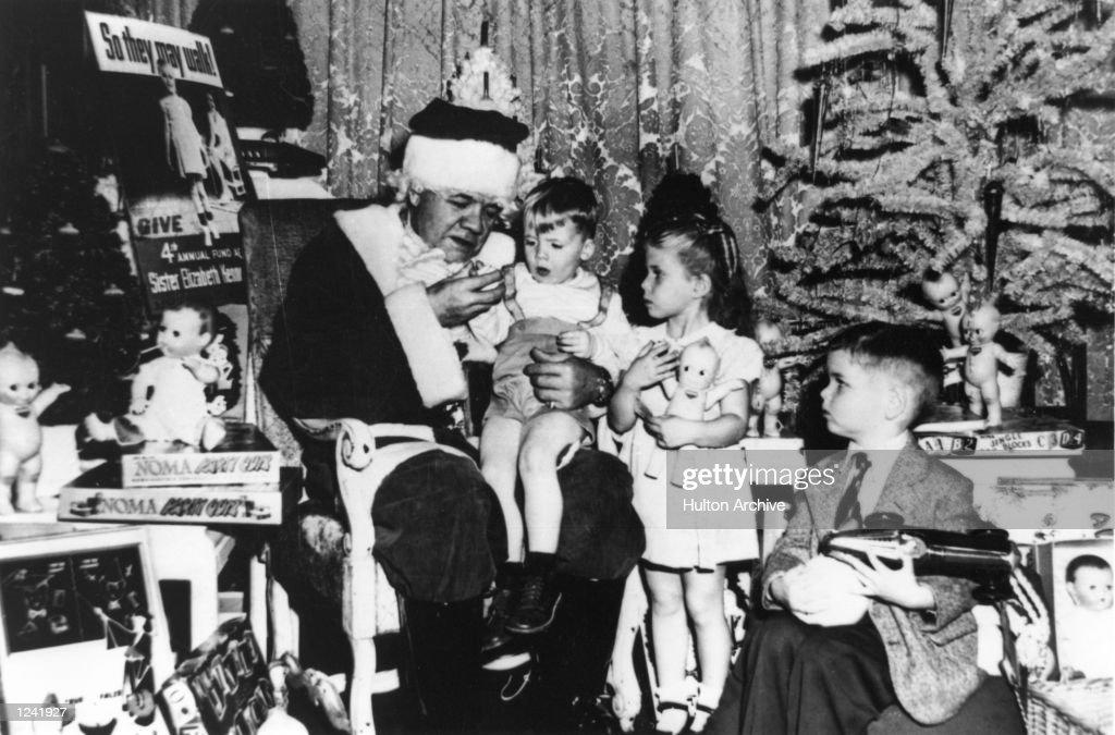 BABE RUTH CHRISTMAS : News Photo