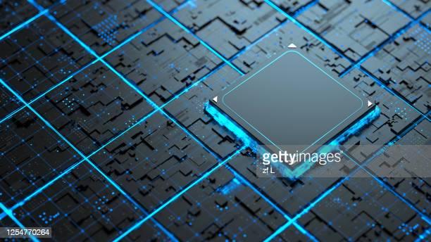 藍色網路上的發光晶片 - tecnología fotografías e imágenes de stock