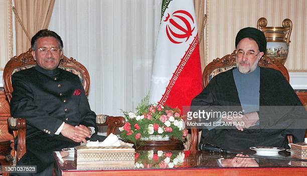 PAKISTANI'S LEADER PARVEZ MUSHARRAF MEETS PRESIDENT KHATAMI