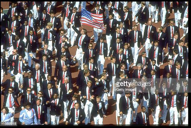 THE UNITED STATES OLYMPIC SQUAD MARCH THROUGH THE STADIUM DURING THE OPENING CEREMONY OF THE 1988 SEOUL OLYMPICS