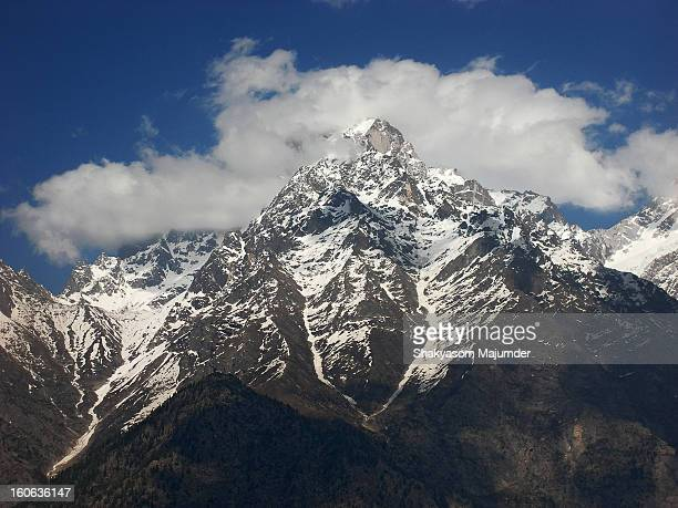 a peak of the kinnaur kailash range from kalpa - mt kailash stock pictures, royalty-free photos & images