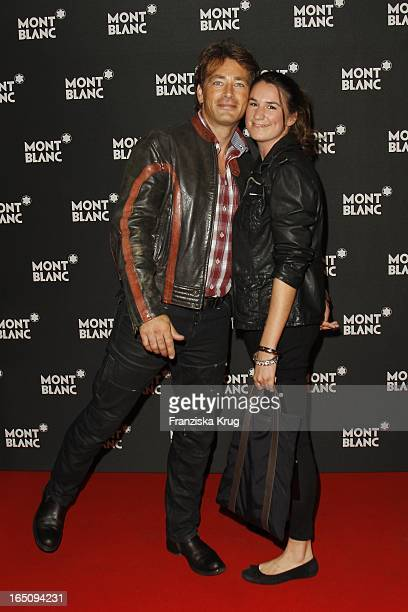 Jan Sosniok Und Freundin Nadine Möllers Bei Der To John With Peace And Love Party Von Montblanc In Berlin