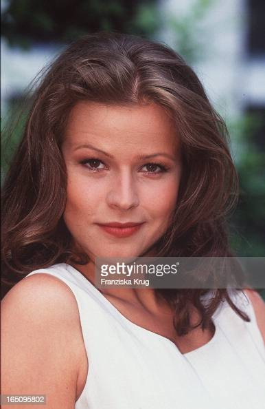 (Leonore Capell Wird Moderatorin Bei N 3 . ) News Photo