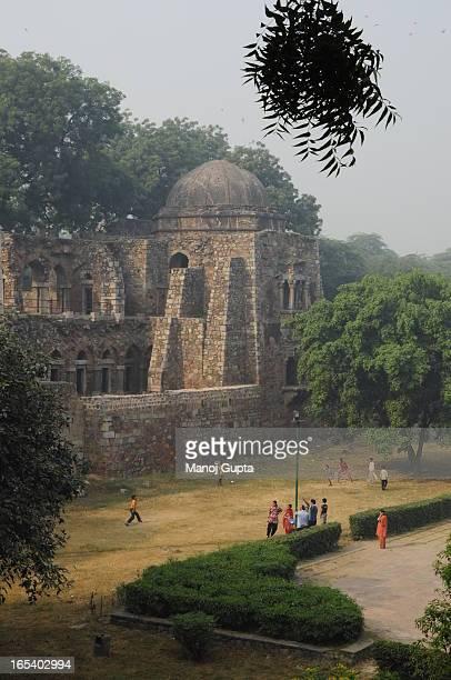 [UNVERIFIED CONTENT] HAUZ KHAS COMPLEX, FORT,RUINS, DELHI, INDIA, NEW DELHI, TRAVEL, TOURISM, PICNIC, OLD BUILDING, ARCHITECTURE, BYGONE ERA,