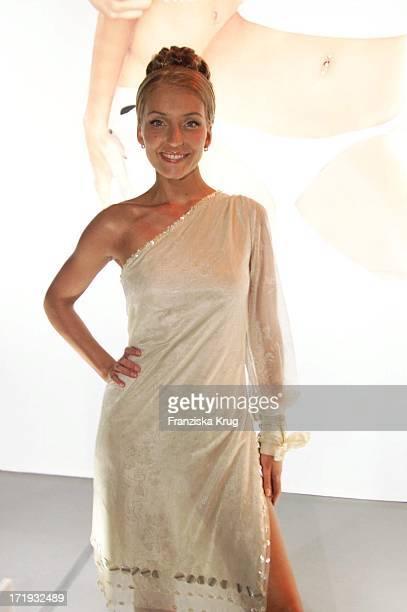 Juliette Bei Tribute To Bambi Party In Berlin Am 141101