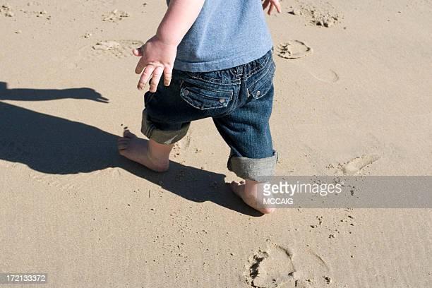 LITTLE FEET AT THE BEACH