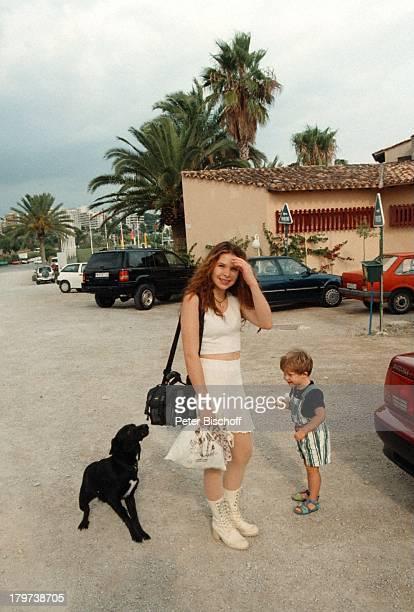Susanna Wellenbrink mit Bruder Nico HundHomestory Mallorca/Spanien Tier