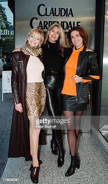 Claudia Carpendale Claudia CarpendaleFashion ModeKollektion Premiere KölnModels Modelle Gruppe Boutique Mode