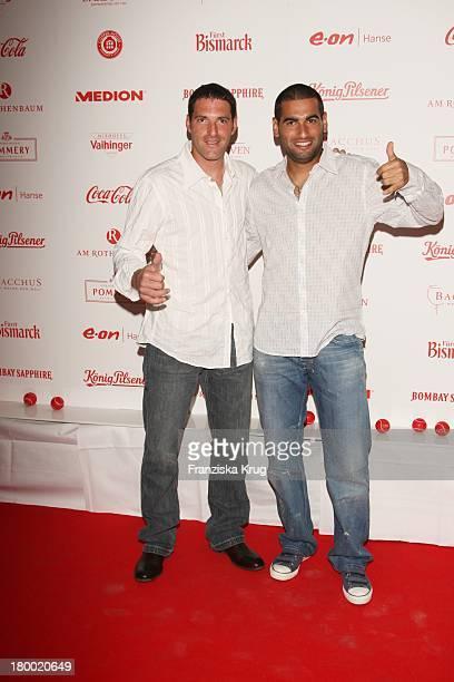 Andy Ram Und Jonathan Ehrlich Bei Der Atp Player'S Night Im Copper House In Hamburg Am 140508