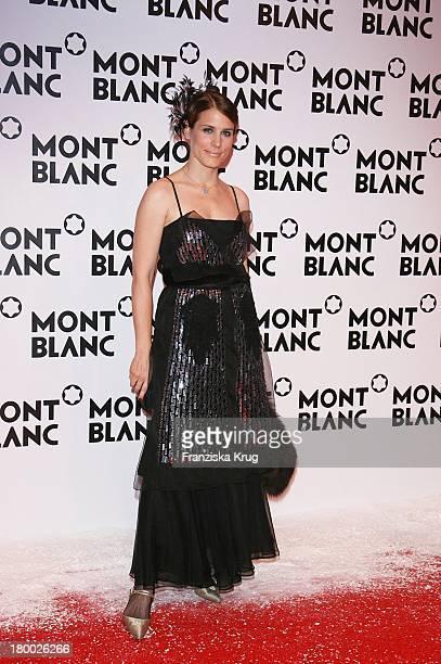 Celia Von Bismarck Bei Der Mont Blanc Party Night Of The Stars In Chamonix Am 020207
