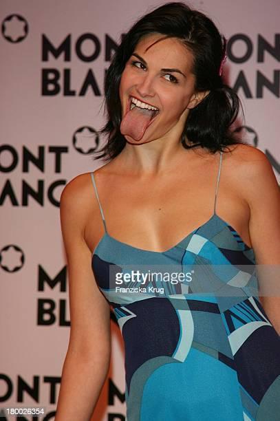 Helena Noguerra Bei Der Mont Blanc Party 'Night Of The Stars' In Chamonix Am 020207