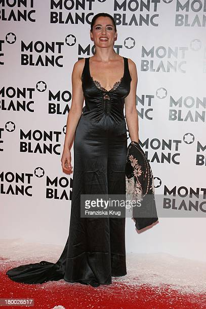 Luisa Ranieri Bei Der Mont Blanc Party Night Of The Stars In Chamonix Am 020207