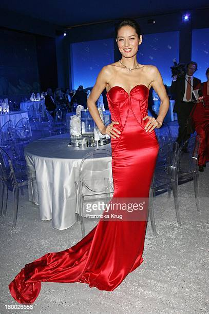 Model Mary Ma Bei Der Mont Blanc Party Night Of The Stars In Chamonix Am 020207