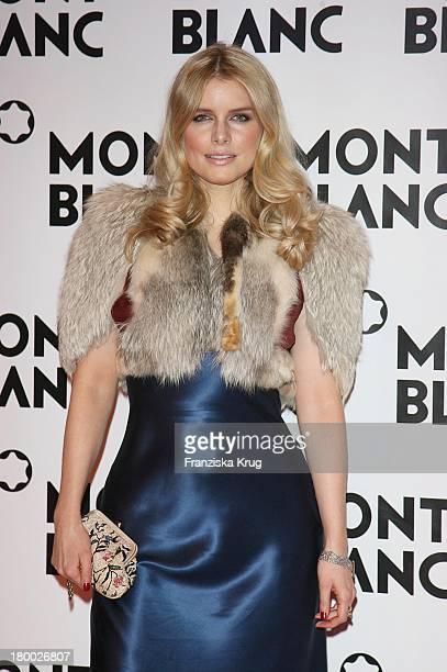 Topmodel Julia Valet Bei Der Mont Blanc Party Night Of The Stars In Chamonix Am 020207