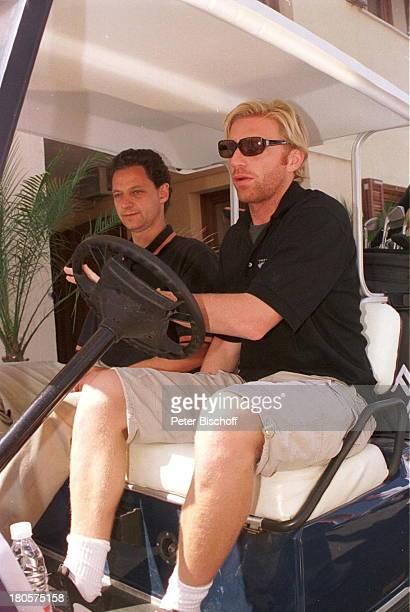 Boris Becker Name folgt ProminentenGolf Camp deMar/Mallorca/Spanien Golfplatz Golf deAndratx Golfwagen Sonnenbrille