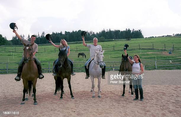 Albert Oberloher Iris Criens Andreas Lebbing Natasja Marinkovic Musikgruppe Wind Homestory Pferd Tier Sport 794/2002