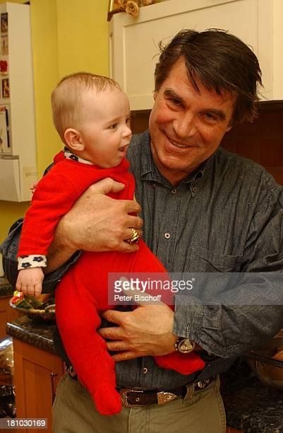 Oliver Tobias Sohn Luke Tobias Homestory London/England/Grossbritannien Schauspieler Familie Baby Promis Prominente Prominenter