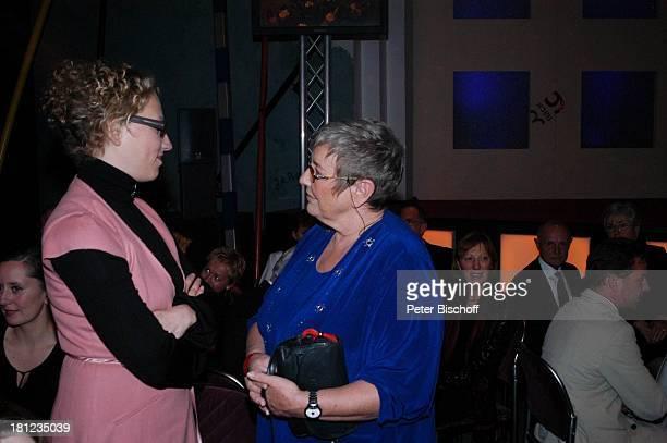 Carmen Thomas Julia Westlake AftershowParty Gala 30 Jahre 3 nach 9 N3 Bremen KongressZentrum Moderatorin Promis Prominente Prominenter