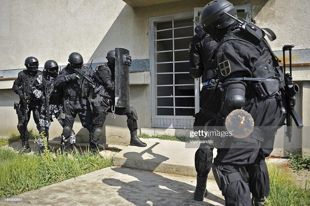 SWAT : Stock Photo