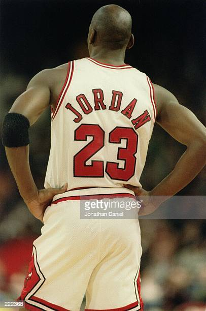 MICHAEL JORDAN OF THE CHICAGO BULLS