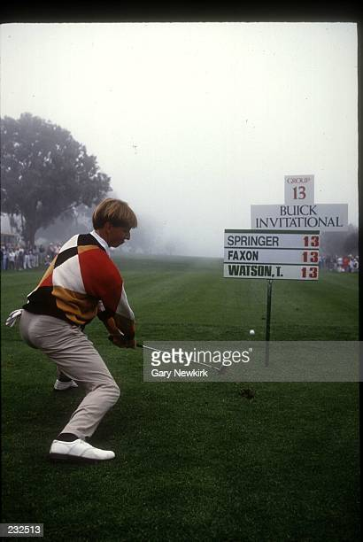 BRAD FAXON ENTERTAINS THE CROWD BY HITTING SOME TRICK SHOTS DURING A FOG DELAY AT THE BUICK INVITATIONAL AT TORREY PINES SOUTH LA JOLLA CA