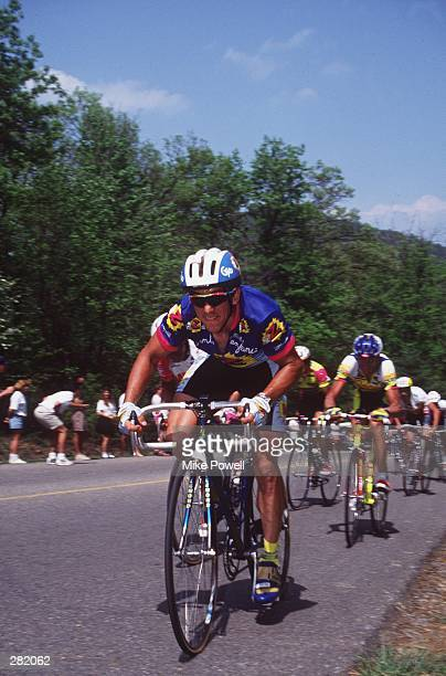 GREG LEMOND, USA, DURING THE 6TH STAGE OF THE 1992 TOUR DUPONT.