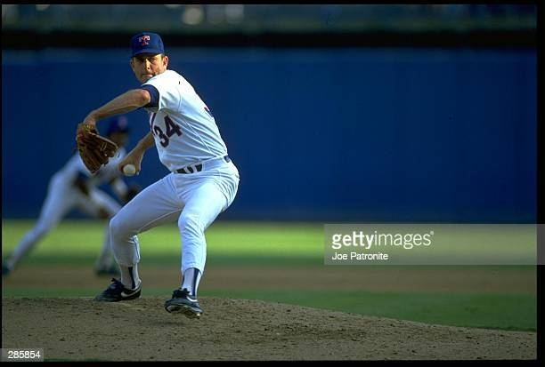 TEXAS RANGERS PITCHER NOLAN RYAN WINDS UP TO PITCH DURING THE RANGERS GAME AT TEXAS STADIUM IN ARLINGTON, TEXAS. MANDATORY CREDIT: JOE...