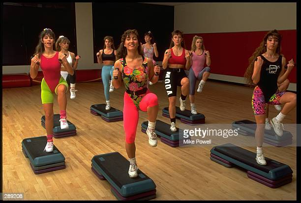 A GROUP OF MODEL RELEASED WOMEN WORKOUT DURING THEIR STEP AEROBIC CLASS MANDATORY CREDIT MIKE POWELL/ALLSPORT