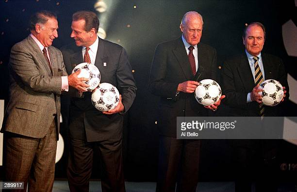 LEFT TO RIGHT GUILLERMO CANEDO CHAIRMAN OF FIFA''S WORLD CUP ORGANIZING COMMITTEE ALAN ROTHENBERG WORLD CUP USA ''94 CHAIRMAN DR JOAO HAVELANGE FIFA...