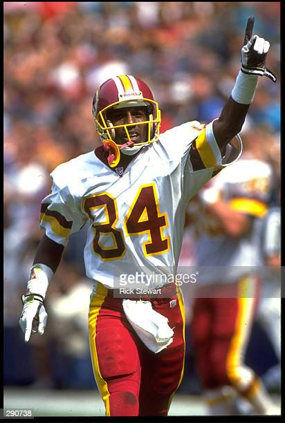 WASHINGTON REDSKINS WIDE RECEIVER GARY CLARK POINTS TO THE CROWD IN CELEBRATION DURING A 24-17 OVER THE ATLANTA FALCONS AT RFK STADIUM IN WASHINGTON...