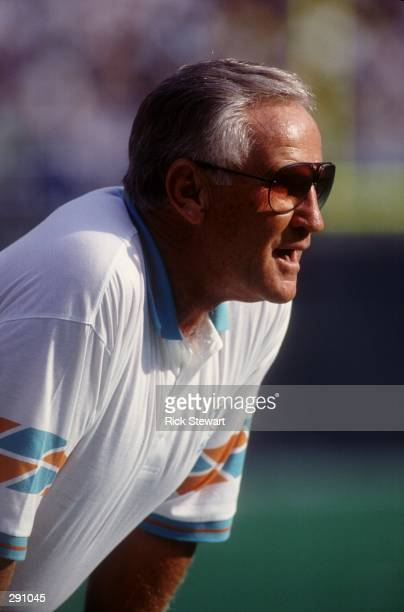 HEAD COACH DON SHULA OF THE MIAMI DOLPHINS DURING A 1914 WIN OVER THE PHILADELPHIA EAGLES AT VETERANS STADIUM IN PHILADELPHIA PENNSYLVANIA THE...