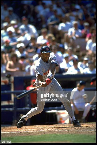 MINNESOTA TWINS OUTFIELDER DAVE WINFIELD SWINGS AT A PITCH DURING THE TWINS VERSUS CALIFORNIA ANGELS GAME AT ANAHEIM STADIUM IN ANAHEIM CALIFORNIA...