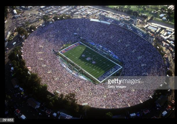 A CROWD OF OVER 98000 PACK THE ROSEBOWL FOR SUPERBOWL XXVII
