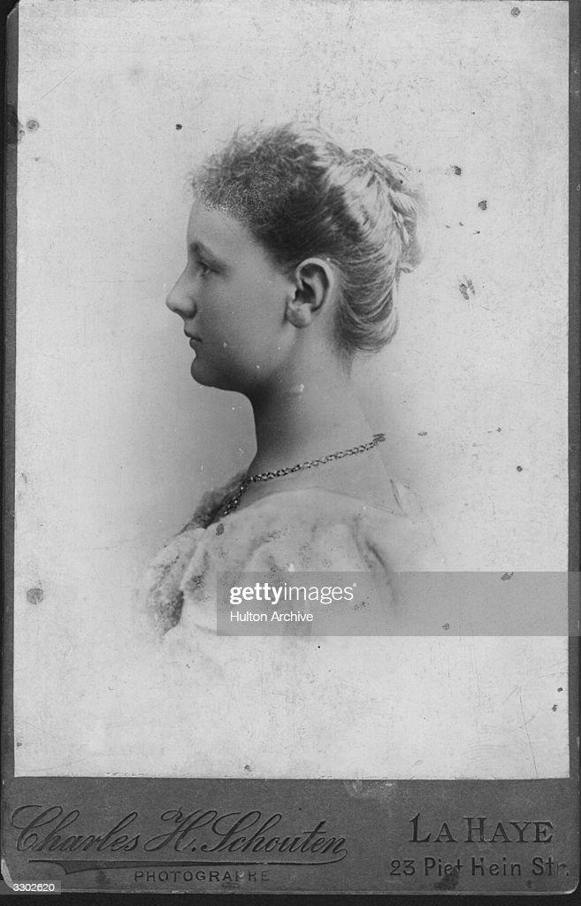 Queen Wilhelmina : News Photo