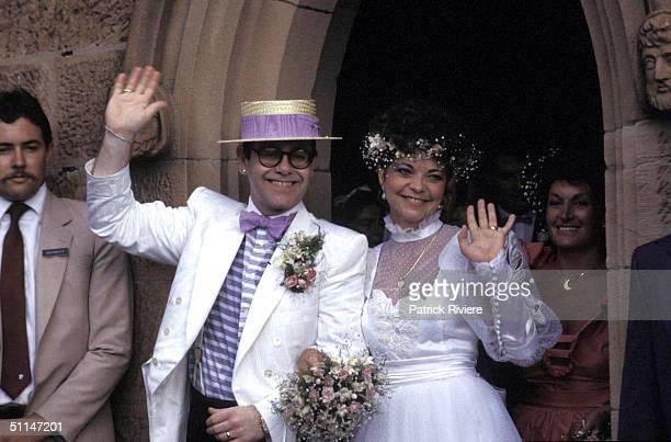 ELTON JOHN AND RENATE BLAUEL AT ST MARK'S CHURCH .