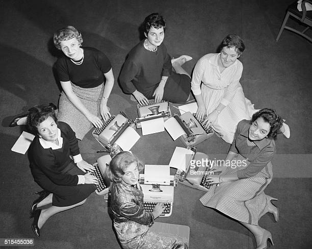 NEW YORK OCT 30 1958 THE SIX WOMEN SELECTED TO REPRESENT THEIR RESPECTIVE COUNTRIES FOR 'MISS INTERNATIONAL SECRETARY'THEY ARE SHOWN POSING WITH...