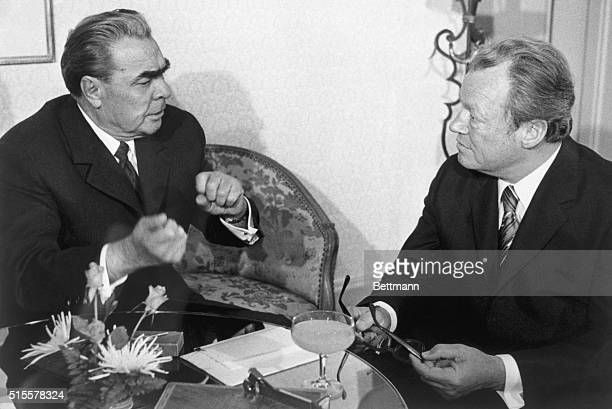 BONN, WEST GERMANY: GOING AT IT WITH BOTH FISTS, SOVIET COMMUNIST PARTY CHIEF LEONID I. BREZHNEV OPENS FIVE DAYS OF TALKS WITH WEST GERMAN CHANCELLOR...