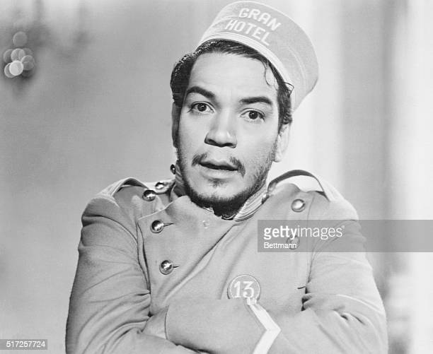 CANTINFLAS{MARIO MORENO} IN SCENE FROM THE MEXICAN MOVIE 'GRAND HOTEL' 1955