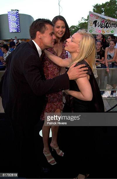 """NOV 2001 - ANGUS HAWLEY AND ANTONIA KIDMAN AND CATHERINE MARTIN - PREMIERE OF """"THE OTHERS"""" AT HOYTS CINEMAS, FOX STUDIOS - SYDNEY."""