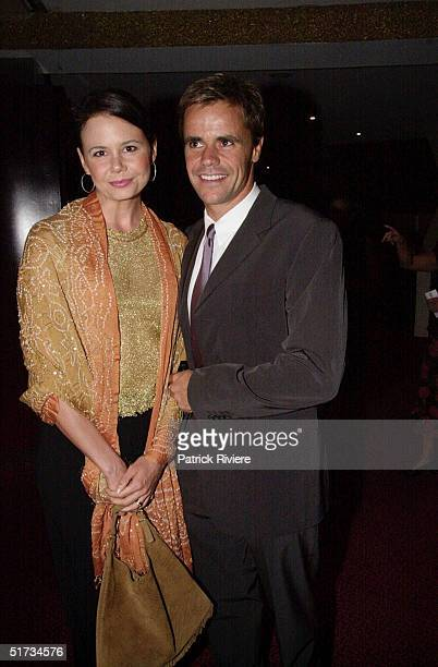 MARCH 2001 - ANTONIA KIDMAN + ANGUS HAWLEY AT THE SYDNEY'S PREMIERE OF LOOKING THROUGH A GLASS ONION AT THE ROYAL THEATRE.