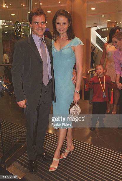 NOVEMBER 2001 - ANTONIA KIDMAN + ANGUS HAWLEY - AFTER PARTY OF THE WIZARD OF OZ