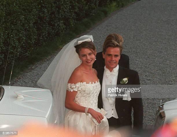 FEBRUARY 1996 - THE WEDDING OF ANTONIA KIDMAN AND ANGUS HAWLEY.
