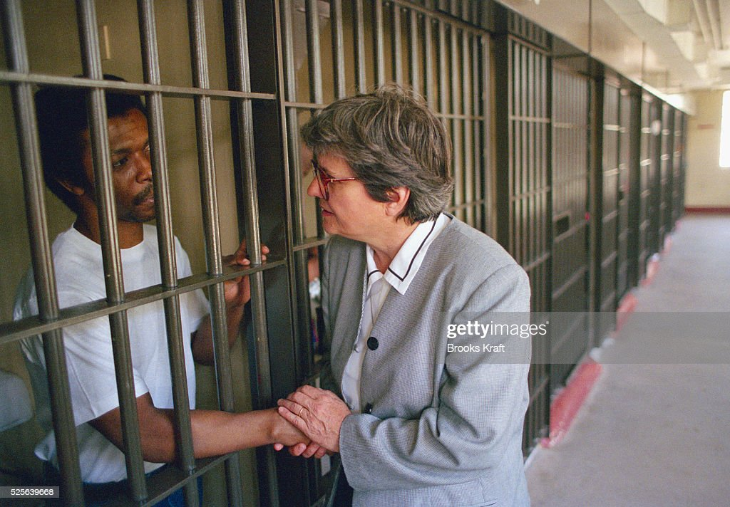 SISTER HELEN PREJEAN AT THE ANGOLAN STATE PENITENTIARY : News Photo