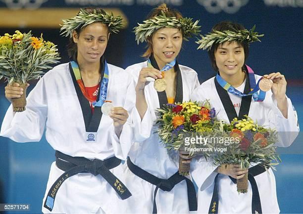 Taekwondo Olympische Spiele Athen 2004 Athen Finale / 49kg / Frauen Yanelis Yuliet LABRADA DIAZ / CUB Silber Shih Hsin CHEN / TPE Gold Yaowapa...