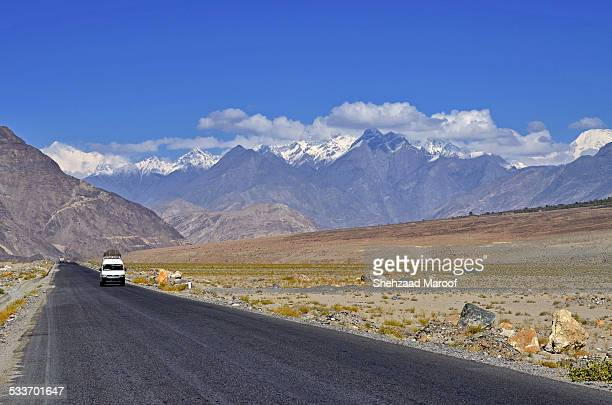 kkh (silk route) - hunza valley stock pictures, royalty-free photos & images