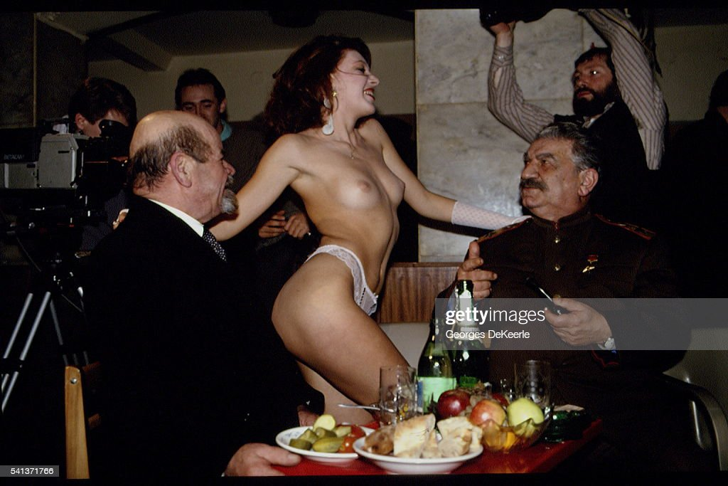 ELECTION OF MISS STRIP-TEASE 1992 IN MOSCOW : Fotografía de noticias
