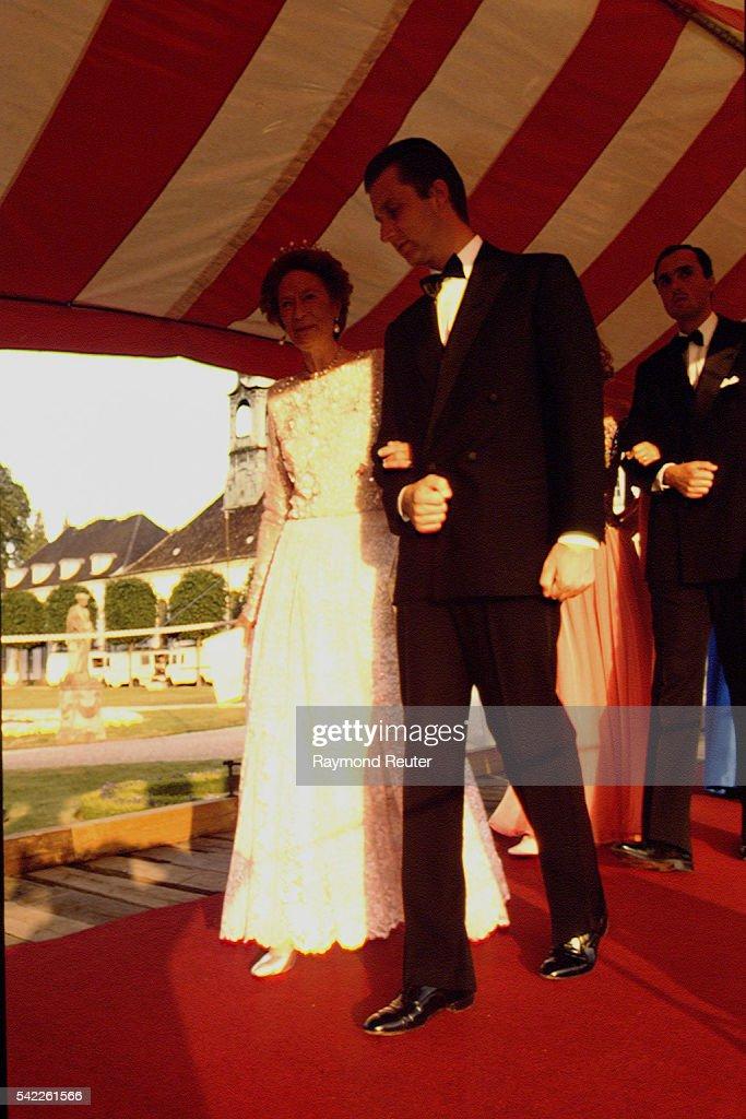 SILVER WEDDING ANNIVERSARY OF DANISH MONARCHS : News Photo